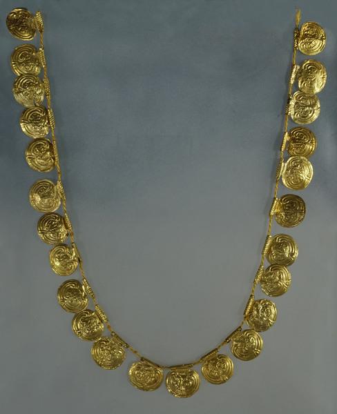 Collana, Loc. Cerrecchio, Circolo dei Leoncini d'Argento, 1° deposizione (Fine VII secolo a.C.)