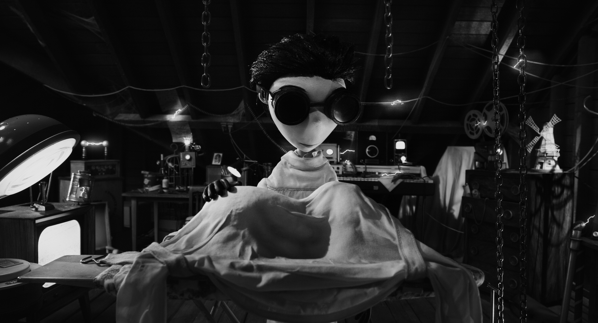 First Look Dark Shadows And Frankenweenie Muse