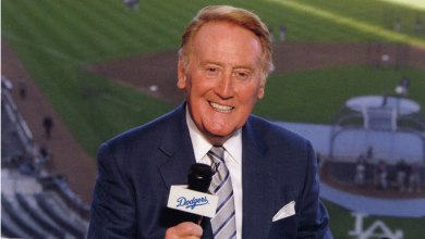 Photo of Vin Scully Named Grand Marshal of 125th Rose Parade