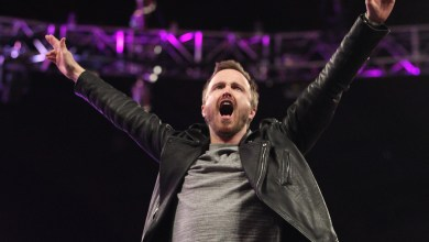 Photo of Aaron Paul Makes Special Appearence On WWE Monday Night Raw