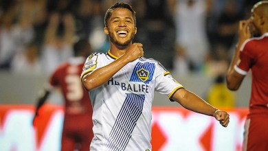 Photo of Dos Santos scores in debut as LA Galaxy rolls to 5-1 win over Central FC