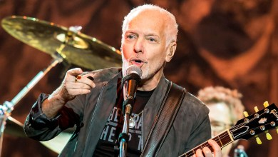 Photo of Peter Frampton to receive the Les Paul Innovation Award at 34th Annual NAMM TEC Awards
