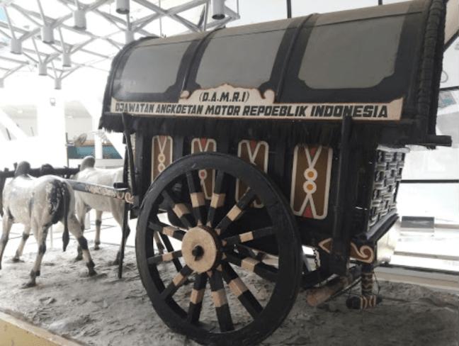damri angkutan motor
