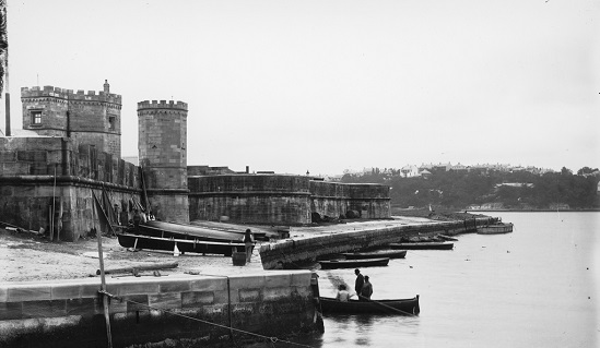 Before the Sydney Opera House: Fort Macquarie, 1900