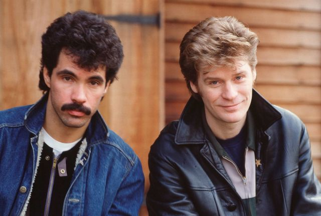 A picture of pop singers Hall and Oates