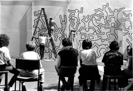 Keith Haring mural in Collingwood: the artist at work