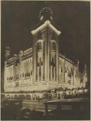 Melbourne's State Theatre, shortly after completion