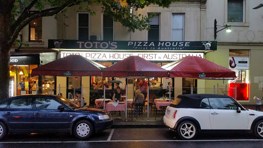 Toto's Pizza House: Reported to be Australia's first