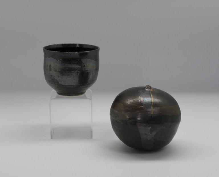Tea bowl and drip pot, ca. 1970 by Toshiko Takzezu