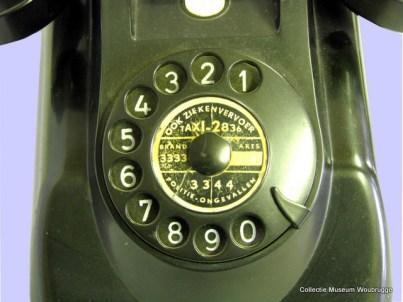 Telefoontoestel 'type 1951'.