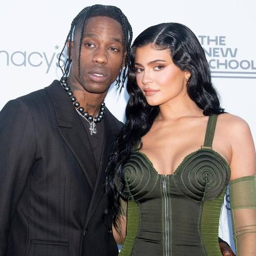 Travis Scott fails to thank Kylie Jenner in MTV VMAs acceptance speech