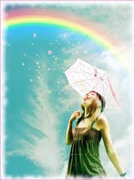 ragazza sotto arcobaleno