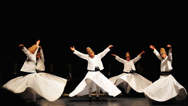 Dervisci sufi e la musica