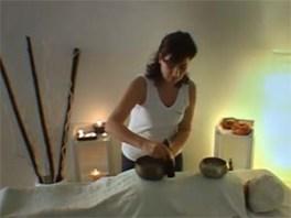 Seduta di massaggio sonoro