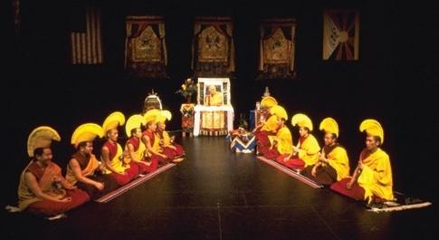 Monaci di Gyuto: accordo a una voce
