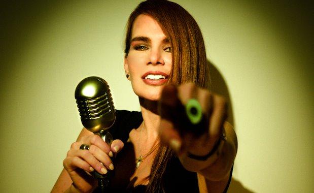Maria-Rivas-30-Años-Cantando-Para-ti-2