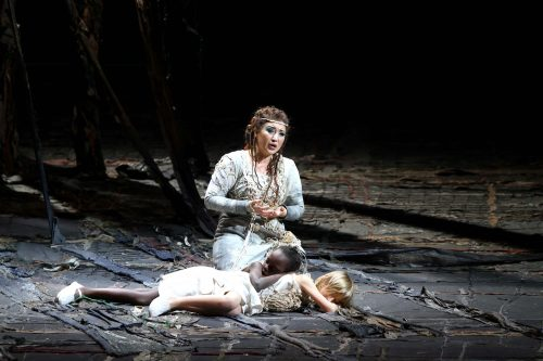 """Grande debutto al teatro Carlo Felice di Genova per Desirée Rancatore in """"Norma"""""""