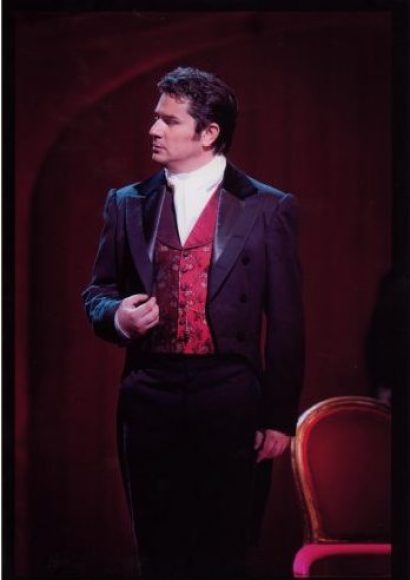 Saimir Pirgu - Traviata London Royal Opera House - Photo Johan Persson