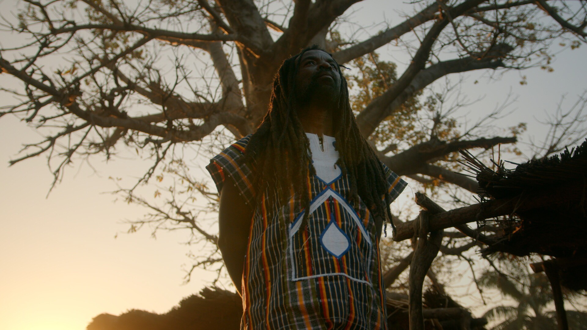 "Rocky Dawuni Drops New Video ""Beautiful People"", 2nd Visual Off His 'Voice Of Bunbon' EP – WATCH"