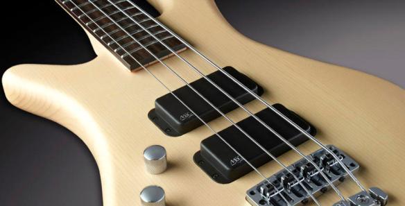 หน้าตรง สีแดง บอดี้ Rockbass bass 5 streamer standard ราคาประหยัดจาก Warwick
