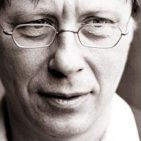 https://i0.wp.com/www.musicaustria.at/sites/default/files/bilder/2010/georg-friedrich-haas_c_astrid_ackermann.jpg