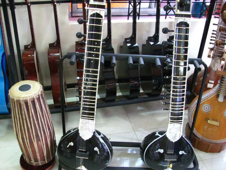 music corner : the beginning of your musical journey