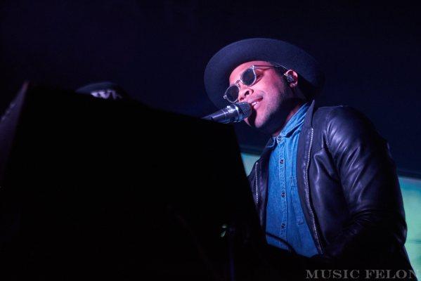 MOBLEY, 12/6/2017, Emo's, Austin, Photos – Write-up