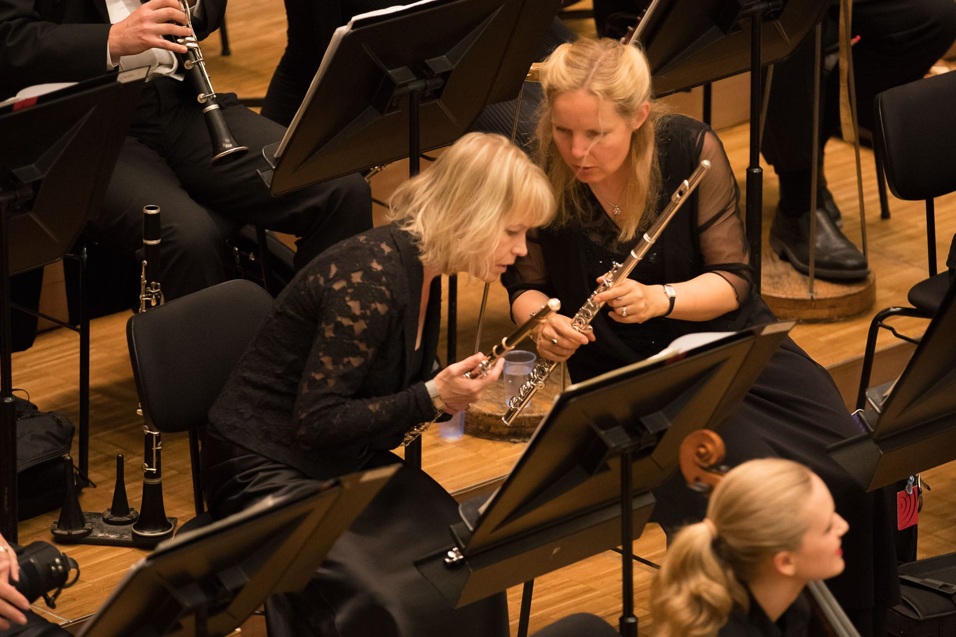 Jennifer Steele and Lorna McGhee 8/31/17 PSO 2017 European Tour Concert at Graffenegg Manfred Honeck, conductor Matthias Goerne, baritone Dvorak, Rusalka Fantasy Mahler, Seven Songs from Des Knaben Wunderhorn Intermission Beethoven, Symphony No. 7 in A major © Todd Rosenberg 2017