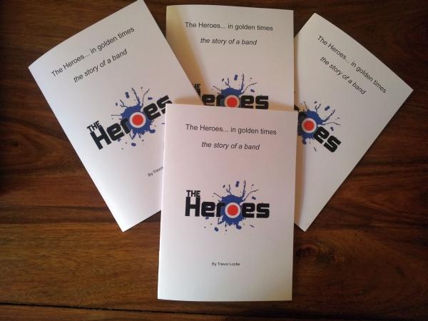 Heroes books display 600