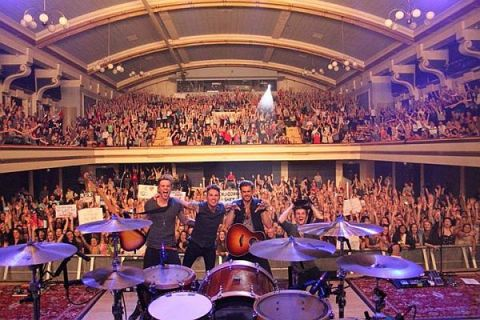 Lawson at the De Montfort Hall