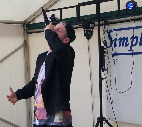 Jonezy's set at the Enderby festival