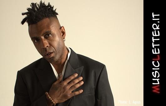Omar Lye-Fook: il re del neo soul inglese Omar celebra 3 decenni di musica