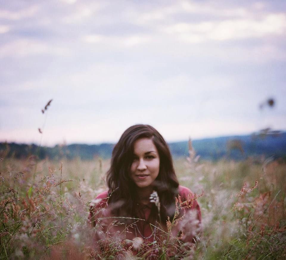 Eliza Shaddad in a field