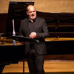 Florian Boesch(Photo: Simon Jay Price)