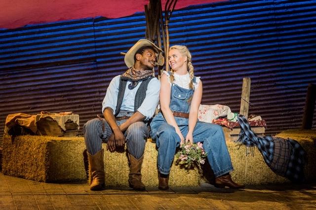 Oklahoma! at Grange Park Opera