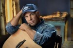 Garth Brooks To Play Full Band Shows In Vegas