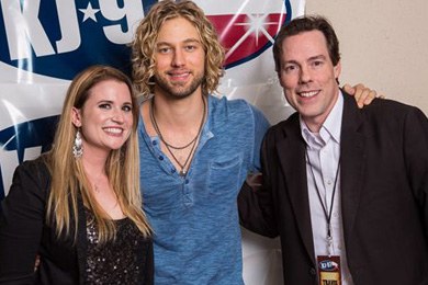 Columbia Nashville's Casey James recently visited San Antonio's KAJA and visited with Bree Wagner-MD (left) and PD Travis Moon (right).