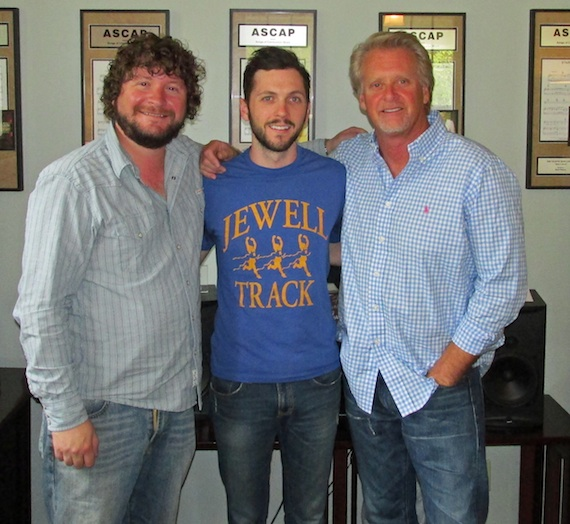 Combustion Music Promotes Kenley Flynn : MusicRow