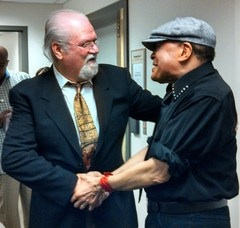 Pictured (L-R): Roger Murrah, Al Jarreau. Photo by Mark Ciampa.