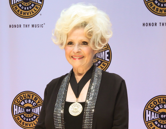 Brenda Lee at the CMHoF Medallion Ceremony Red Carpet. Photo: Bev Moser/Moments By Moser
