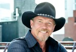 Trace Adkins Gets Personal On 'Something's Going On'