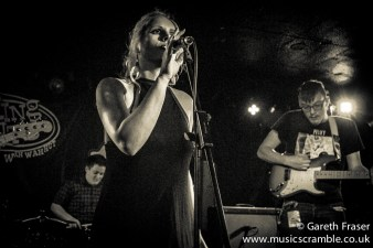 junebug-king-tuts-glasgow-new-band-revolution-live-january-2014-11