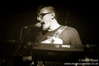 junebug-king-tuts-glasgow-new-band-revolution-live-january-2014-19