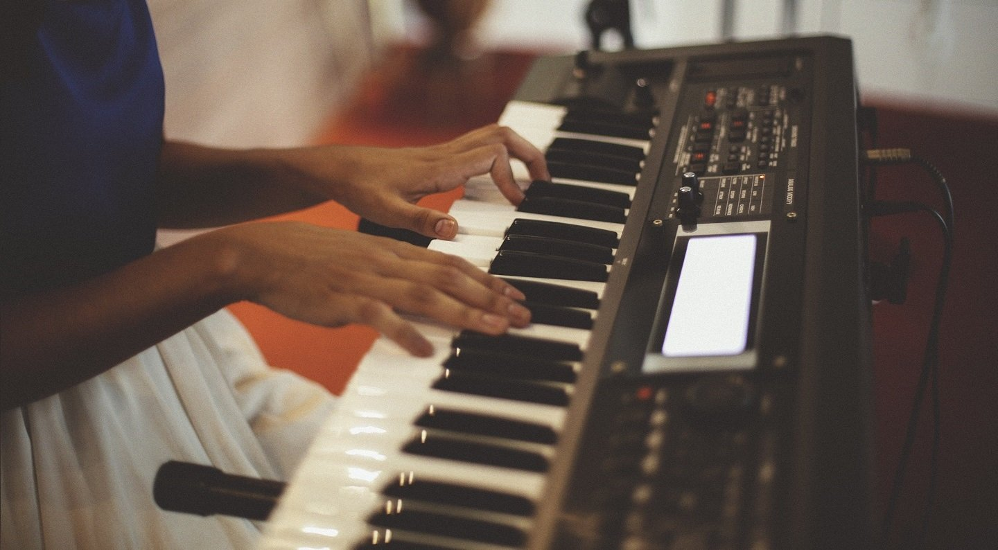 The 5 Best Keyboards For Beginning Piano Lessons Reviews