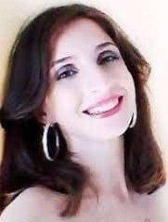 Singer Songwriter Meryn Ruppert