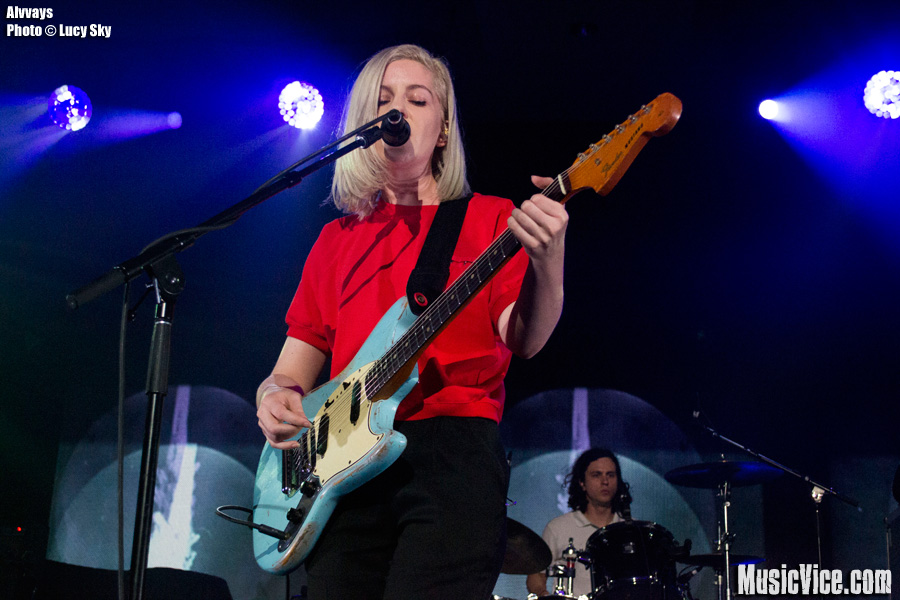 Alvvays at 2015 SiriusXM Indie Awards, Toronto - photo Lucy Sky, Music Vice