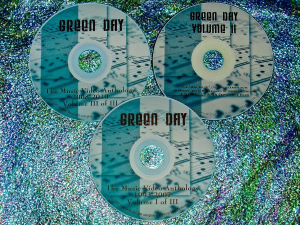 """Green Day Music Video Anthology & """"Making of The Music Videos"""" Documentaries 1993-2012 (3 DVD Set 5 Hrs.) UPDATED includes """"OH LOVE"""" !!!"""