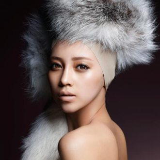 資生堂の顔に選ばれたICONIQ(2010年8月18日)