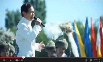 演歌歌手の三田りょうがキルギスで話題に