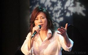 藤吉久美子が初ライブで魅せたメッセージ力